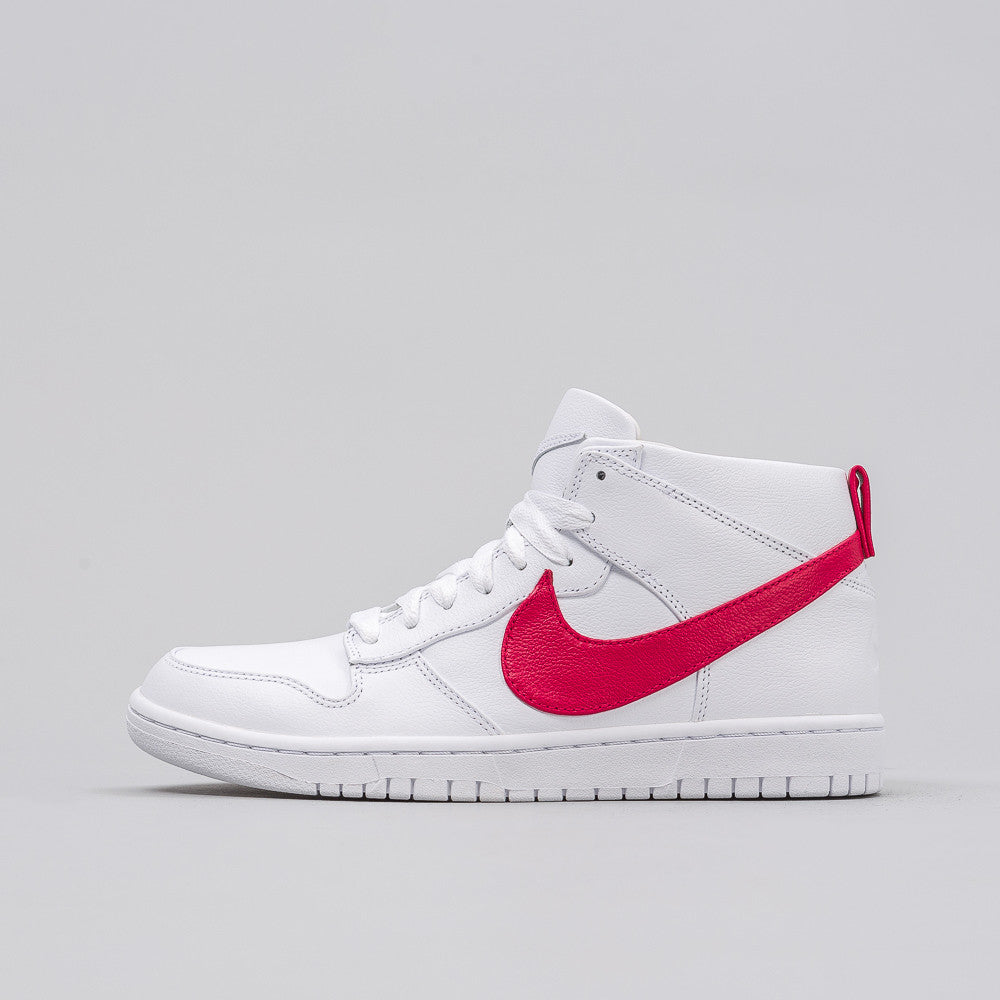 Nike Nikelab x Riccardo Tisci Dunk Lux Chukka in White/Distance Red - Notre