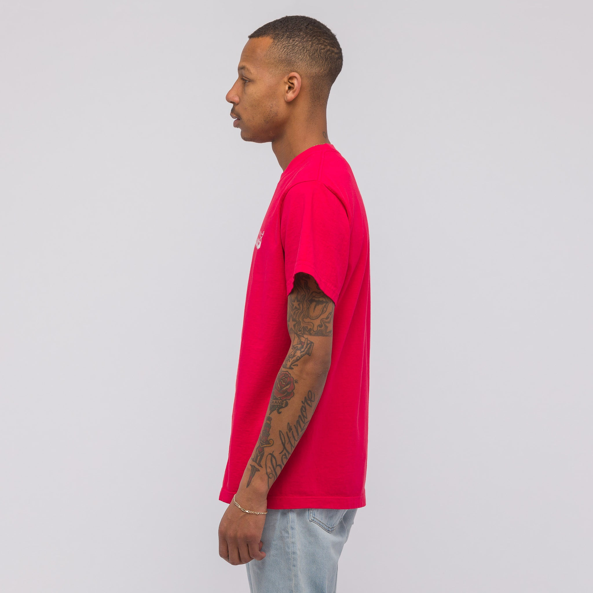 Old English T-Shirt in Red