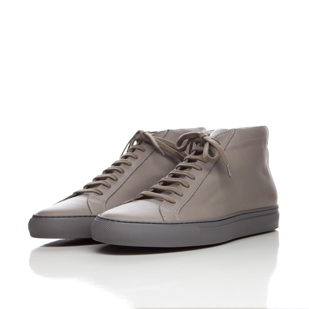 Common Projects Achilles Mid in Med. Grey