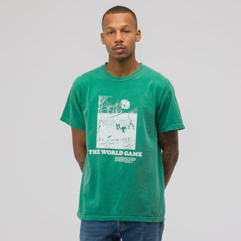 Notre World Game T-Shirt in Kelly - Notre