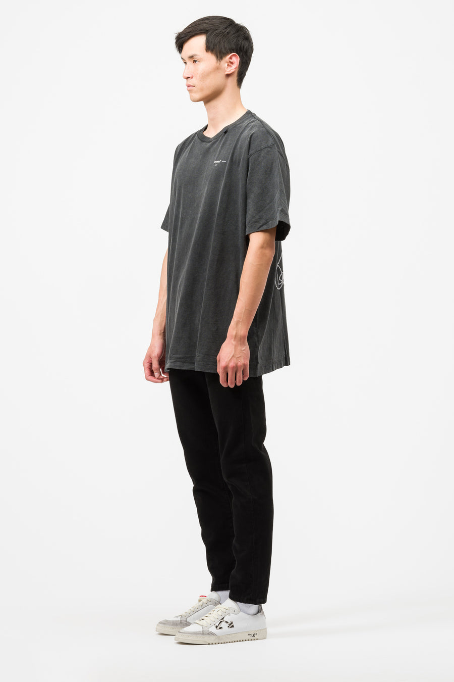 Off-White Abstract Arrows S/S Over Tee in Black/White - Notre