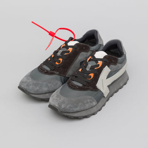 Off-White Arrow Running Sneakers in Dark Grey Wash/Light Grey - Notre