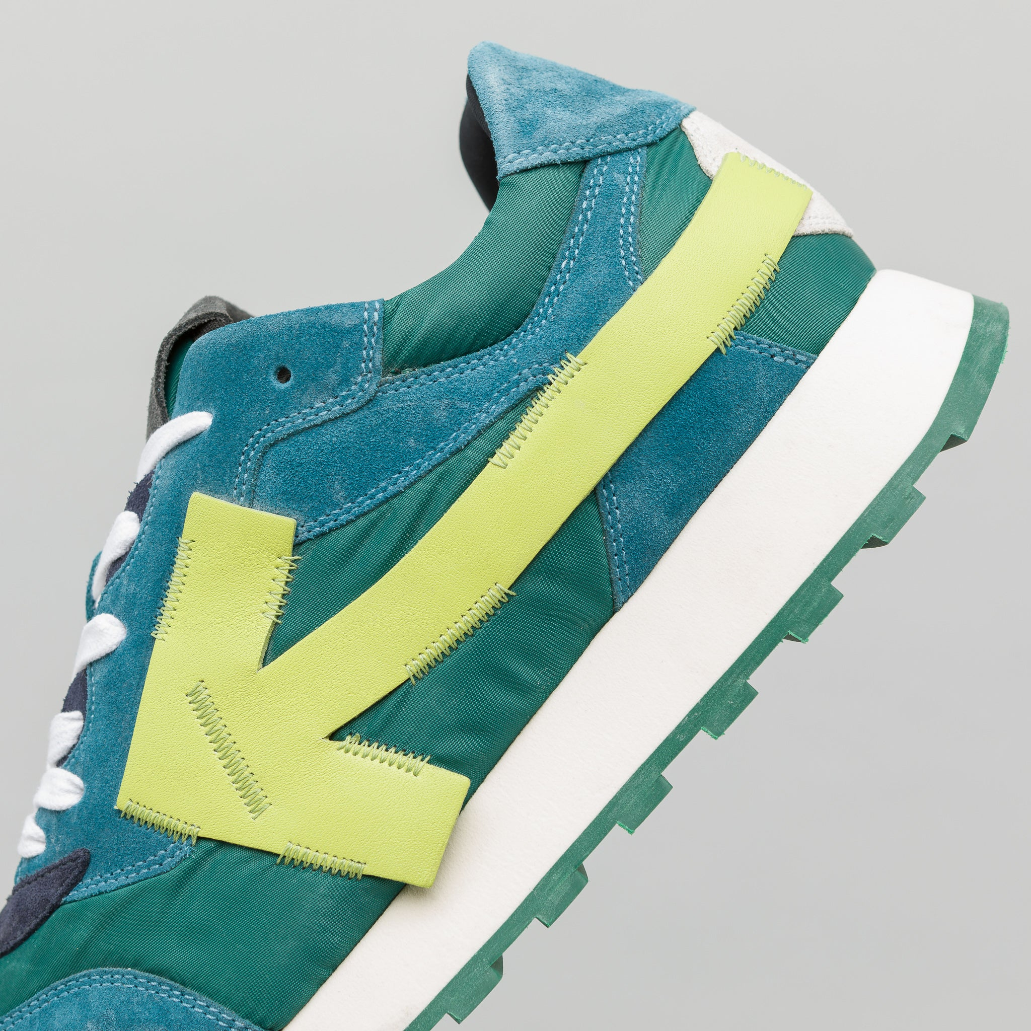 Arrow Running Sneakers in Green/Fluo Yellow