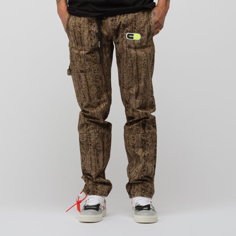 Off-White Real Camouflage Cargo Pant in All Over Camo - Notre