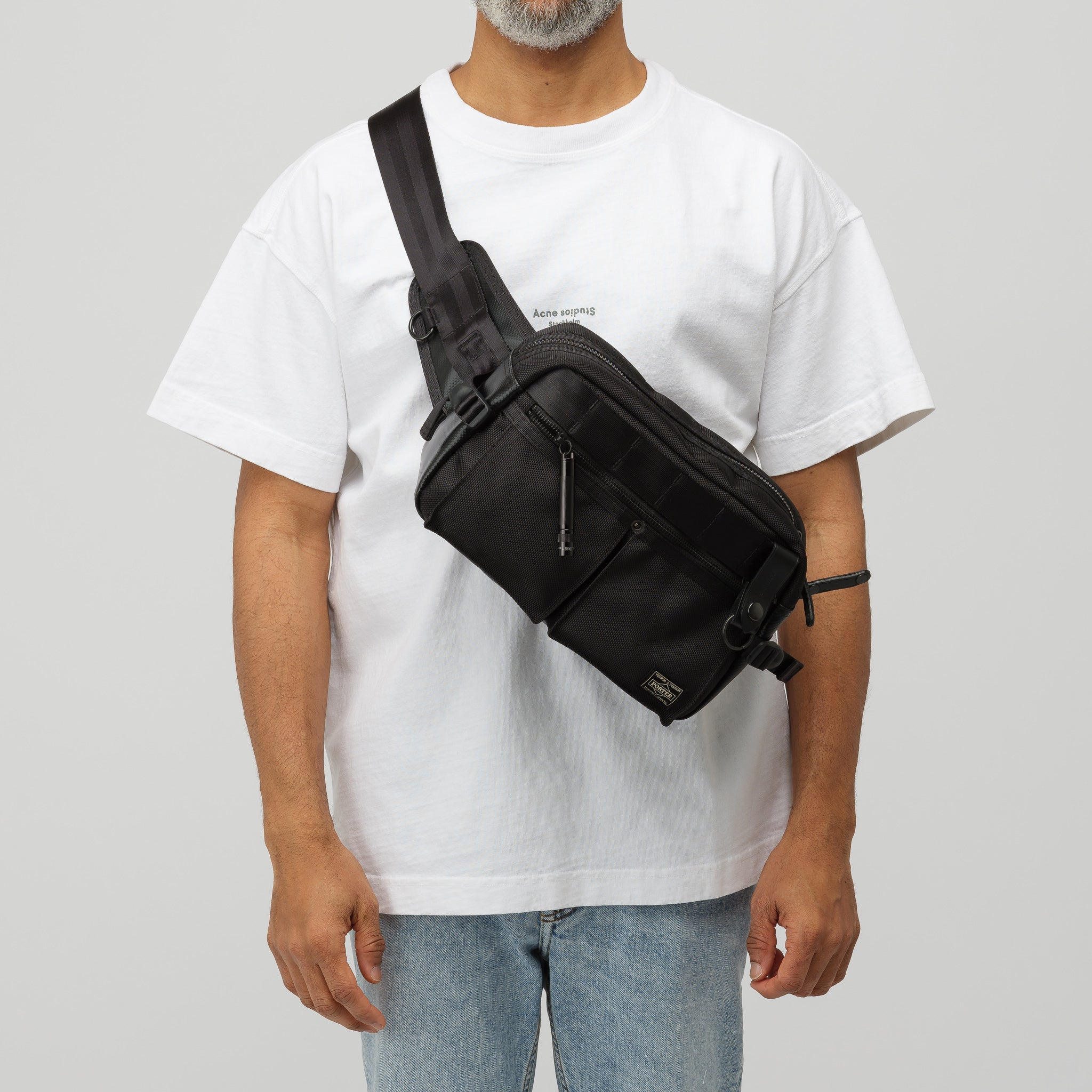 HEAT Waist Bag in Black