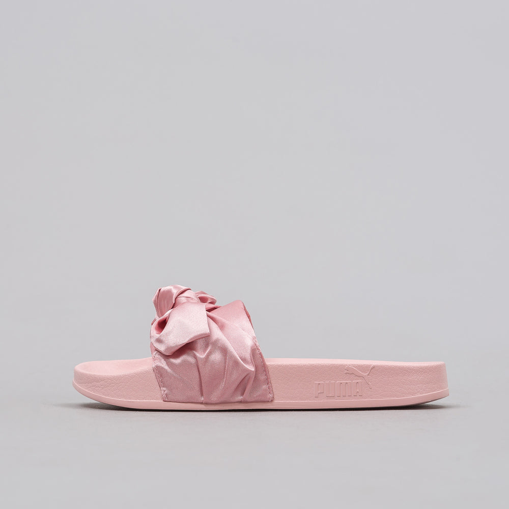 Puma Women's Bow Slides in Pink - Notre