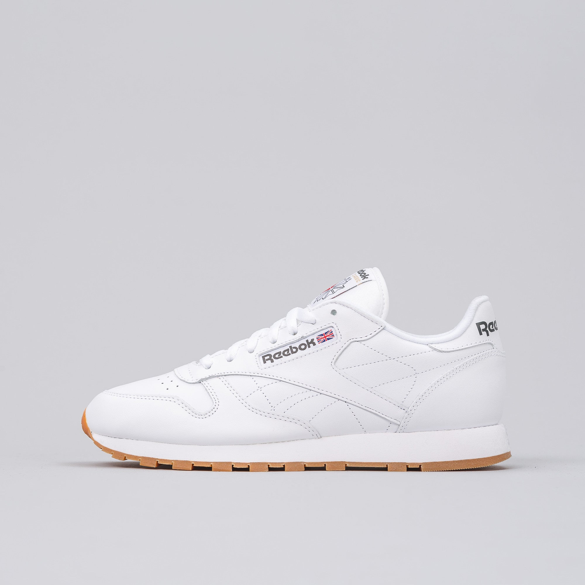 Classic Leather in White/Gum