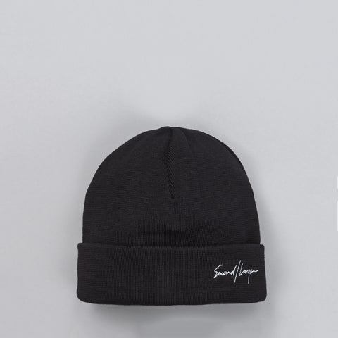 Second Layer Script Logo Cuff Beanie in White - Notre
