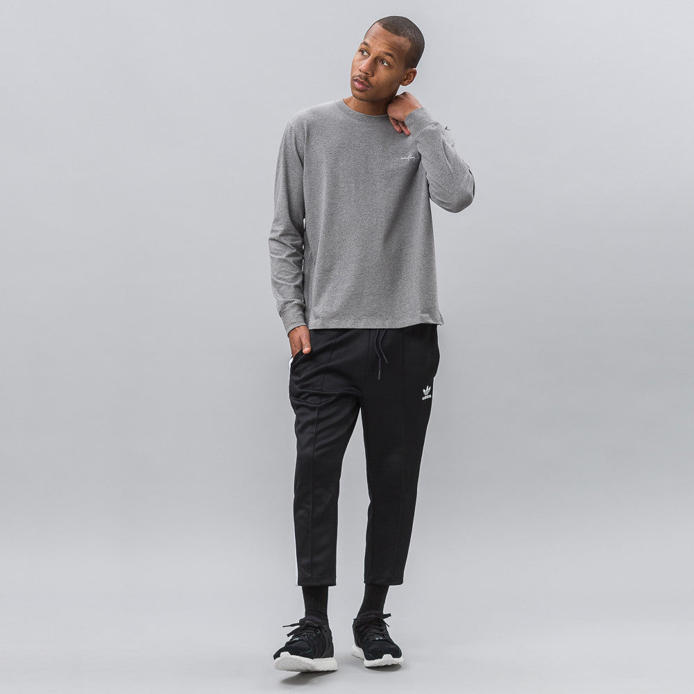 Second Layer Mockneck Long Sleeve Script Tee in Heather Grey Notre 1