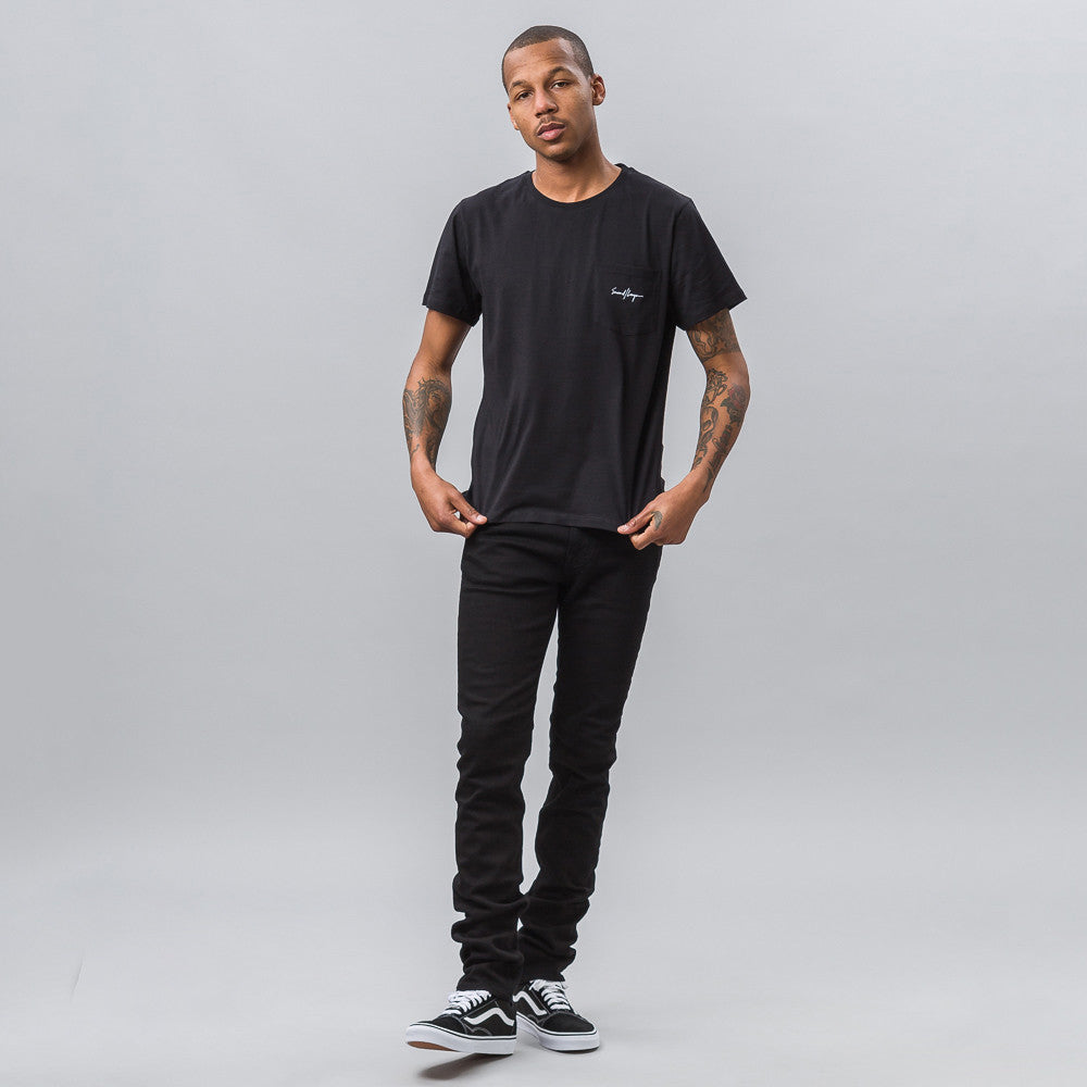 Second Layer Script Pocket Tee in Black - Notre