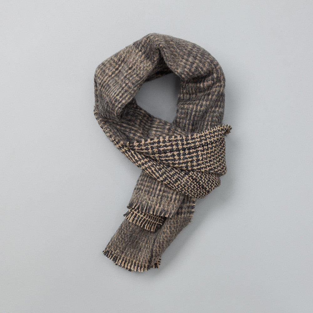 Stephan Schneider - Home Scarf in Check - Notre - 1