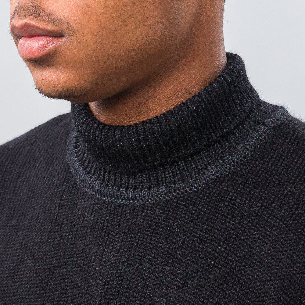 Turtle Fields Sweater in Navy