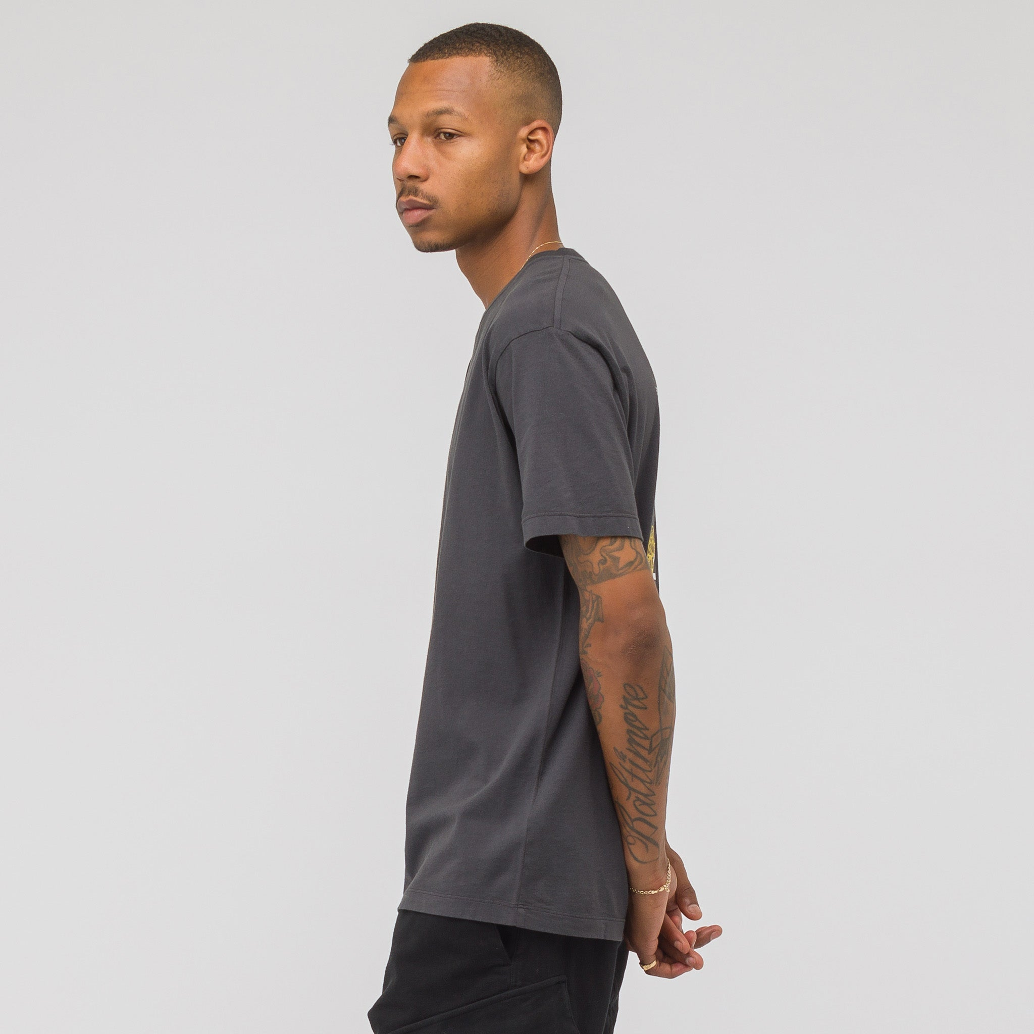 2NS81 T-Shirt in Charcoal