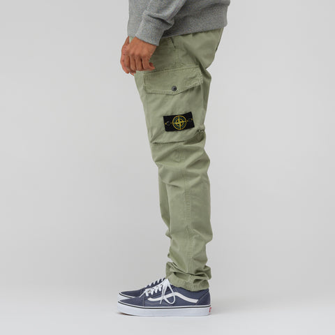 Stone Island 318WA Cargo Pant in Green - Notre