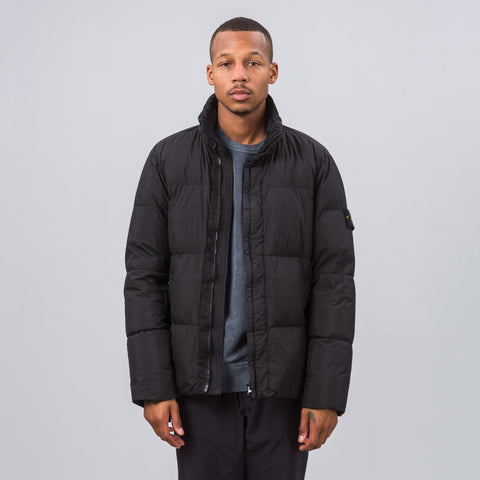 Stone Island 40223 Garment Dyed Crinkle Reps Puffy Down Jacket in Black - Notre