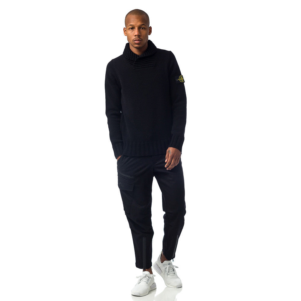 Stone Island 586A2 Sweater in Black on Model