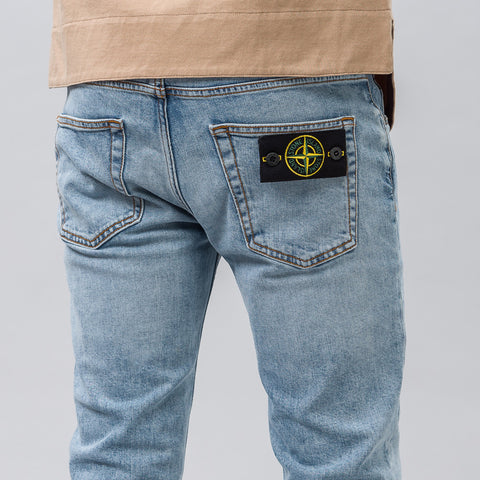 Stone Island J2ZM8 5 Pocket Denim in USED Blue - Notre