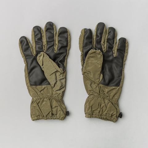 Stone Island 92069 Gloves in Olive - Notre