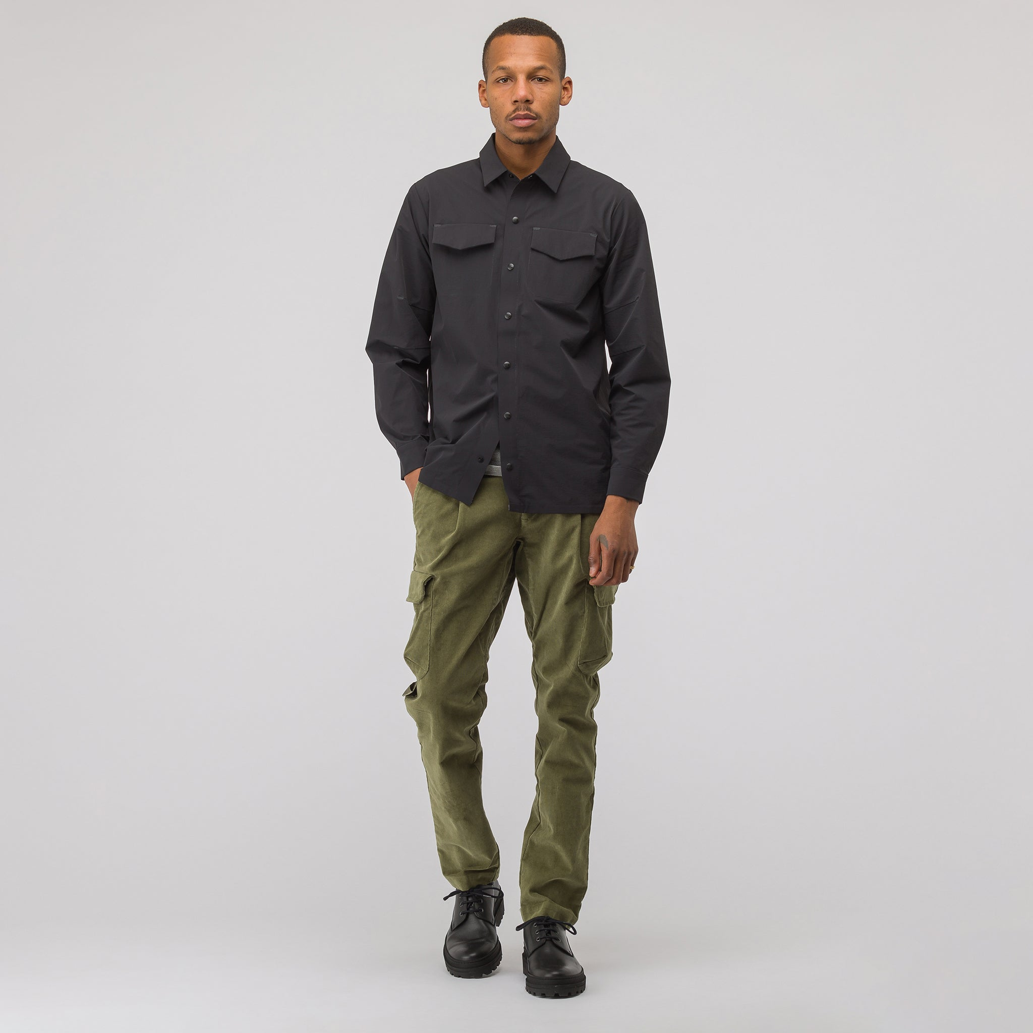 City Pockets Welding Shirt in Black