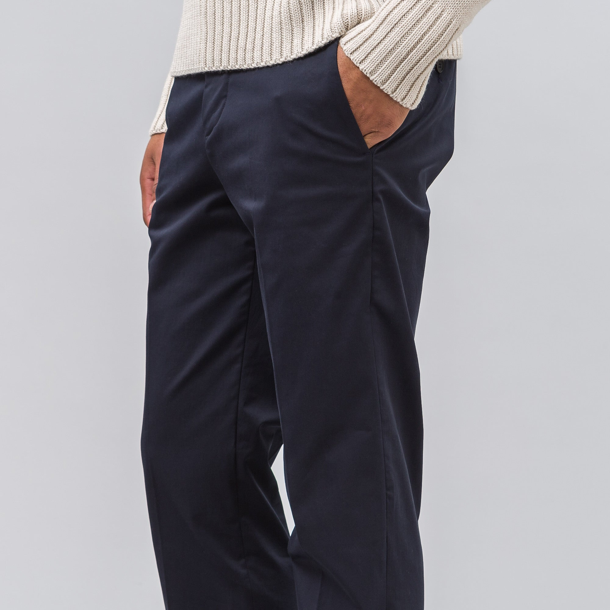 Cropped Tailored Trouser in Navy