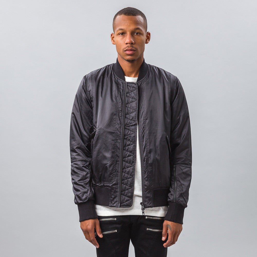 Tim Coppens MA-1 Bomber in Black Model Shot