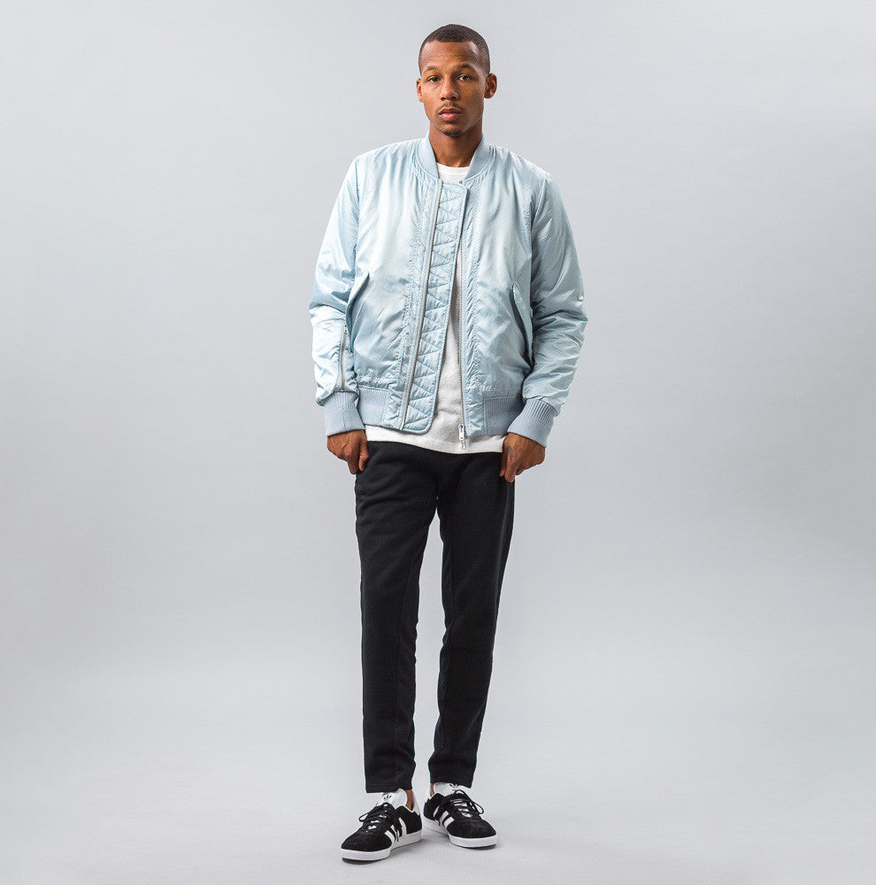 Tim Coppens - MA-1 Bomber in Ice Blue - Notre - 1