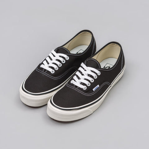 Vans Authentic 44 DX Anaheim Factory in Black - Notre