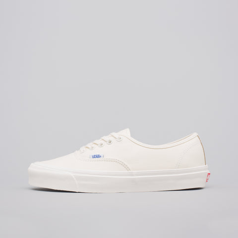 Vans Vault Authentic LX in Classic White - Notre