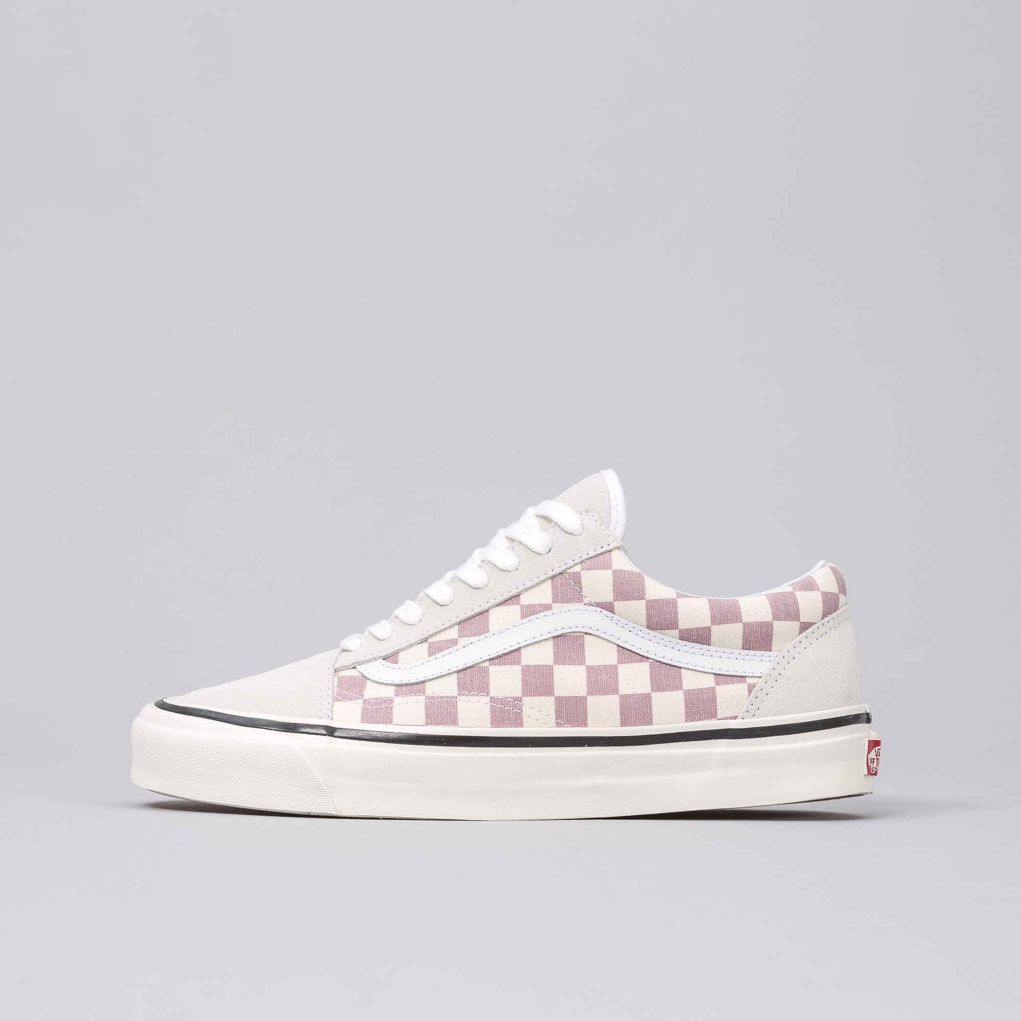 64c2777a7478 Buy red vans old skool checkerboard