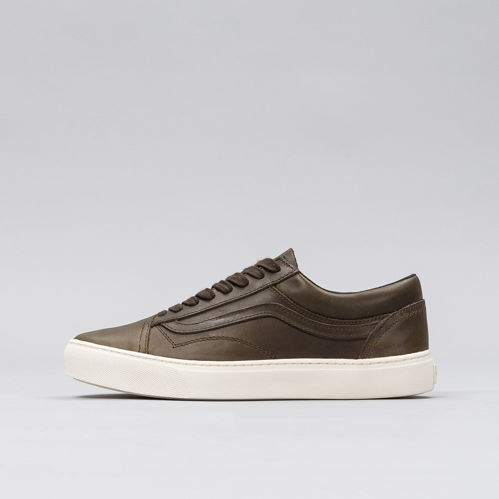 Vans Vault Old Skool Cup LX in Horween Dark Steel Notre