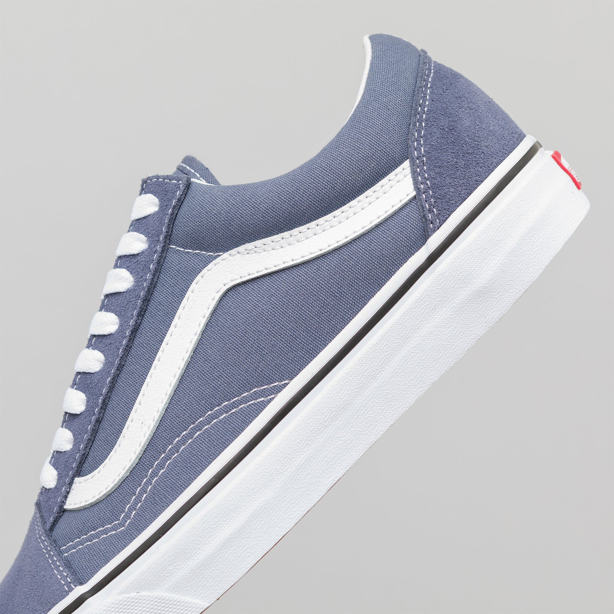 9c9ce20b056 Vans Old Skool in Grisaille True White