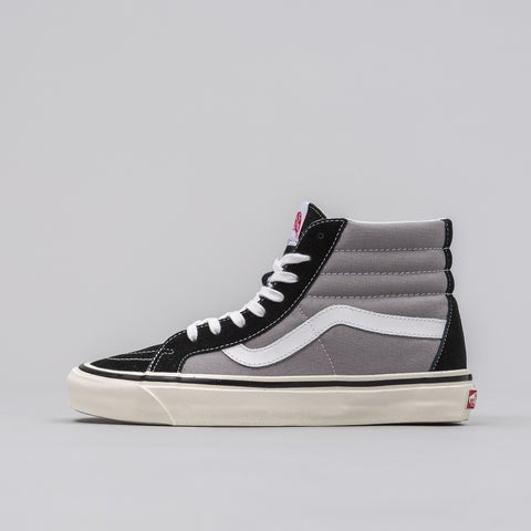 Vans Sk8-Hi 38 DX Anaheim Factory in Black/Grey - Notre