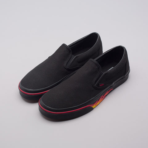 Vans Classic Slip-On Flame Wall in Black - Notre