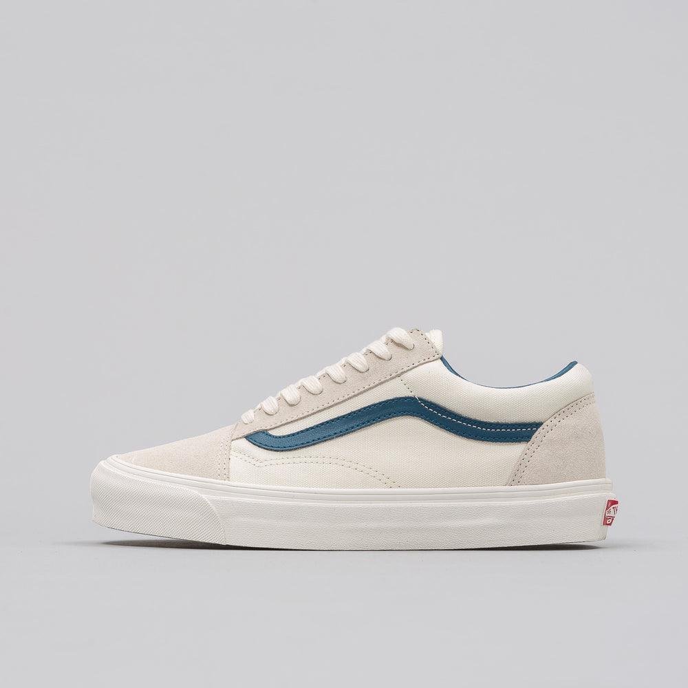 Vans Vault UA OG Old Skool LX in Marshmallow/Teal - Notre