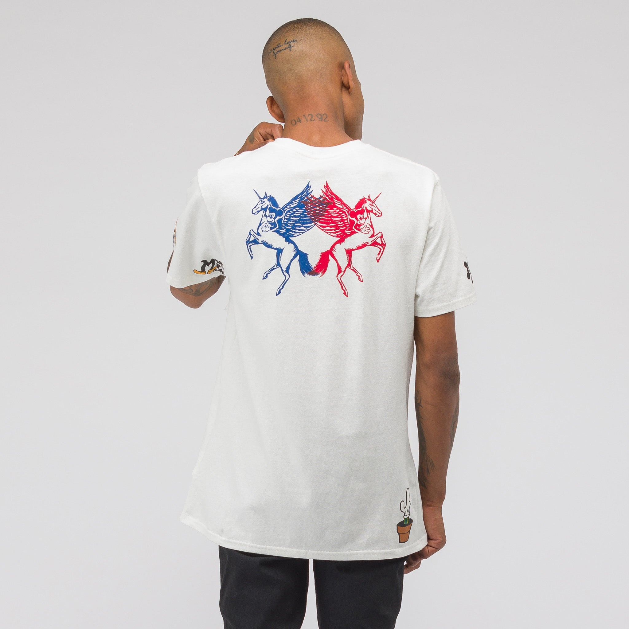 x Disney Mickey's 90th Birthday T-Shirt in Natural