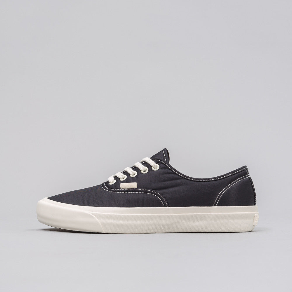 Vans Vault x Our Legacy UA AUthentic Pro LX in Black - Notre