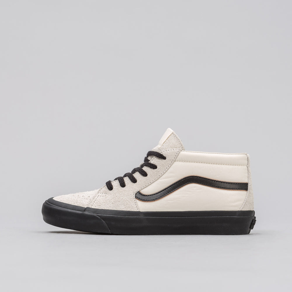 Vans Vault x Our Legacy UA Sk8-Mid Pro '91 in White - Notre