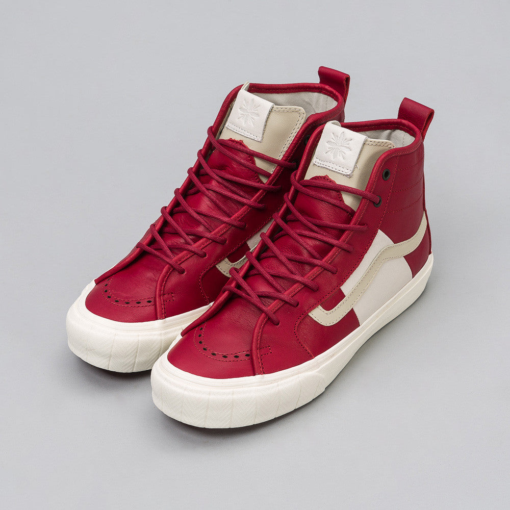 x Taka Hayashi Court Hi LX in Red