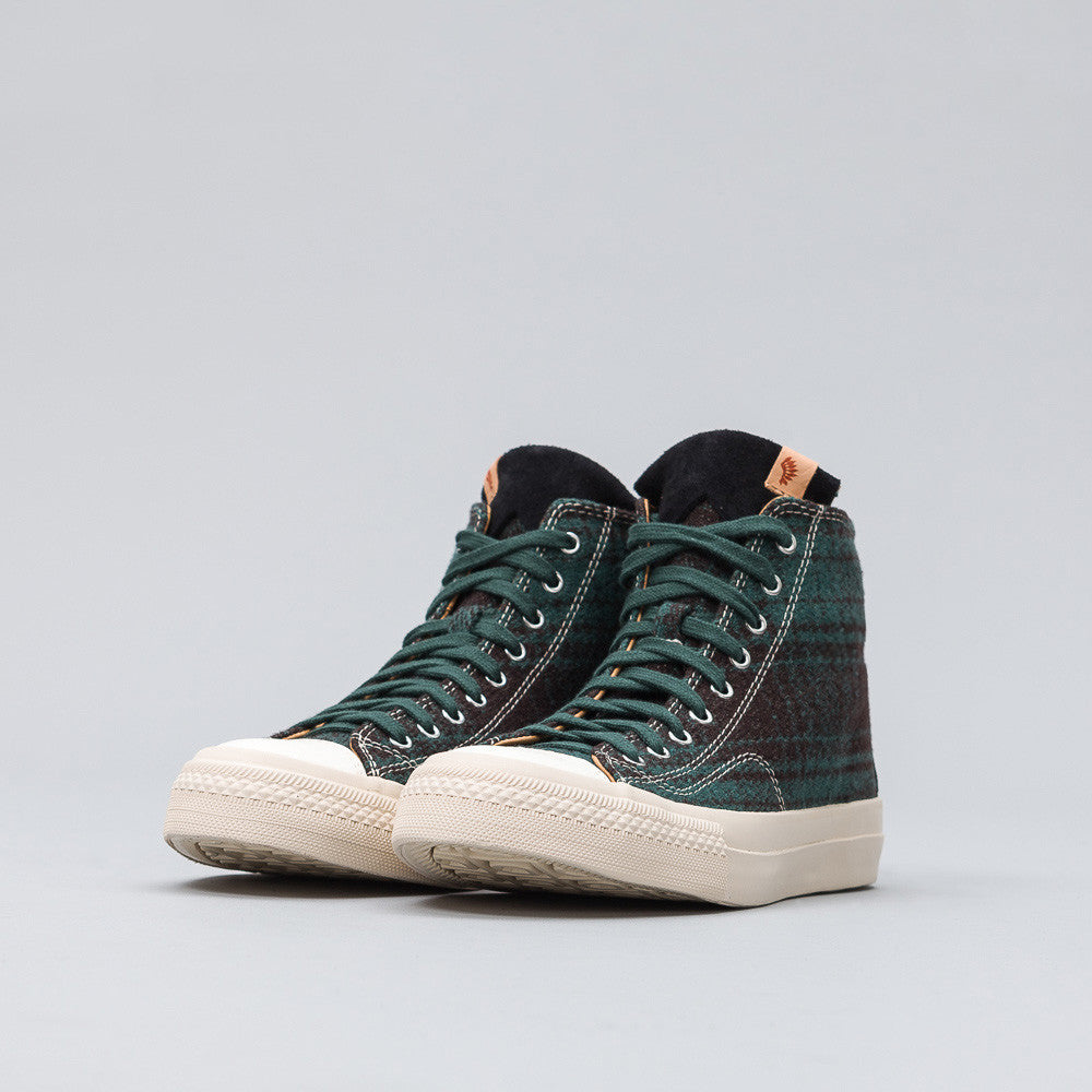 Skagway Hi Buffalo Check in Green