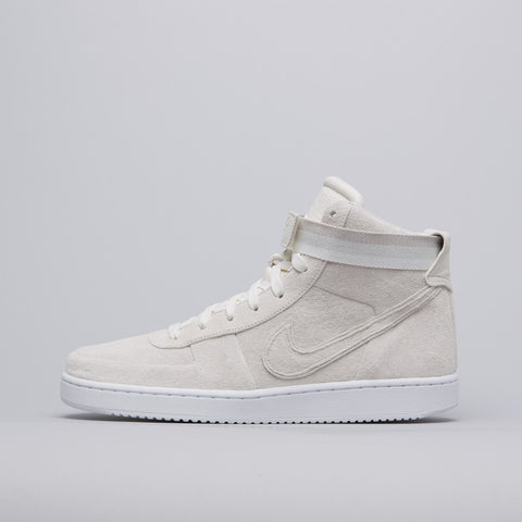 Nike x John Elliott Vandal High PRM in Sail - Notre