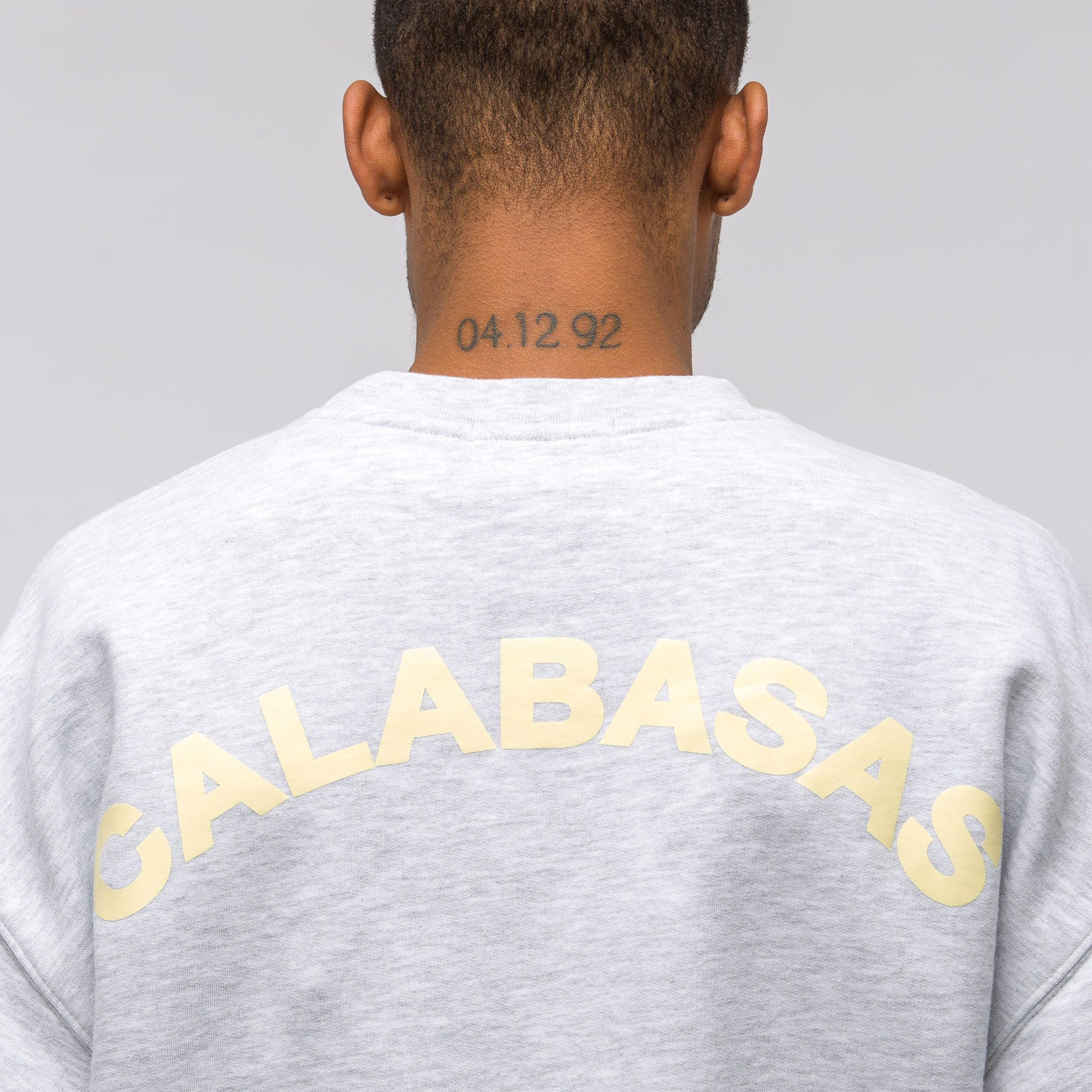 Crew Neck Sweatshirt in Heather Grey