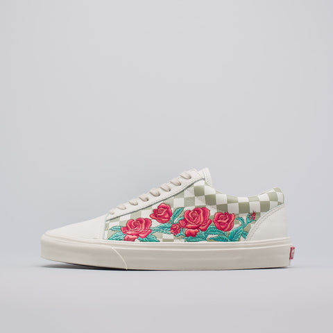 Vans Old Skool DX Rose Embroidery in Marshmallow - Notre
