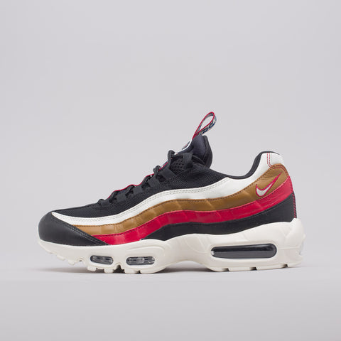 Nike Air Max 95 TT PRM Pull Tab in Black - Notre