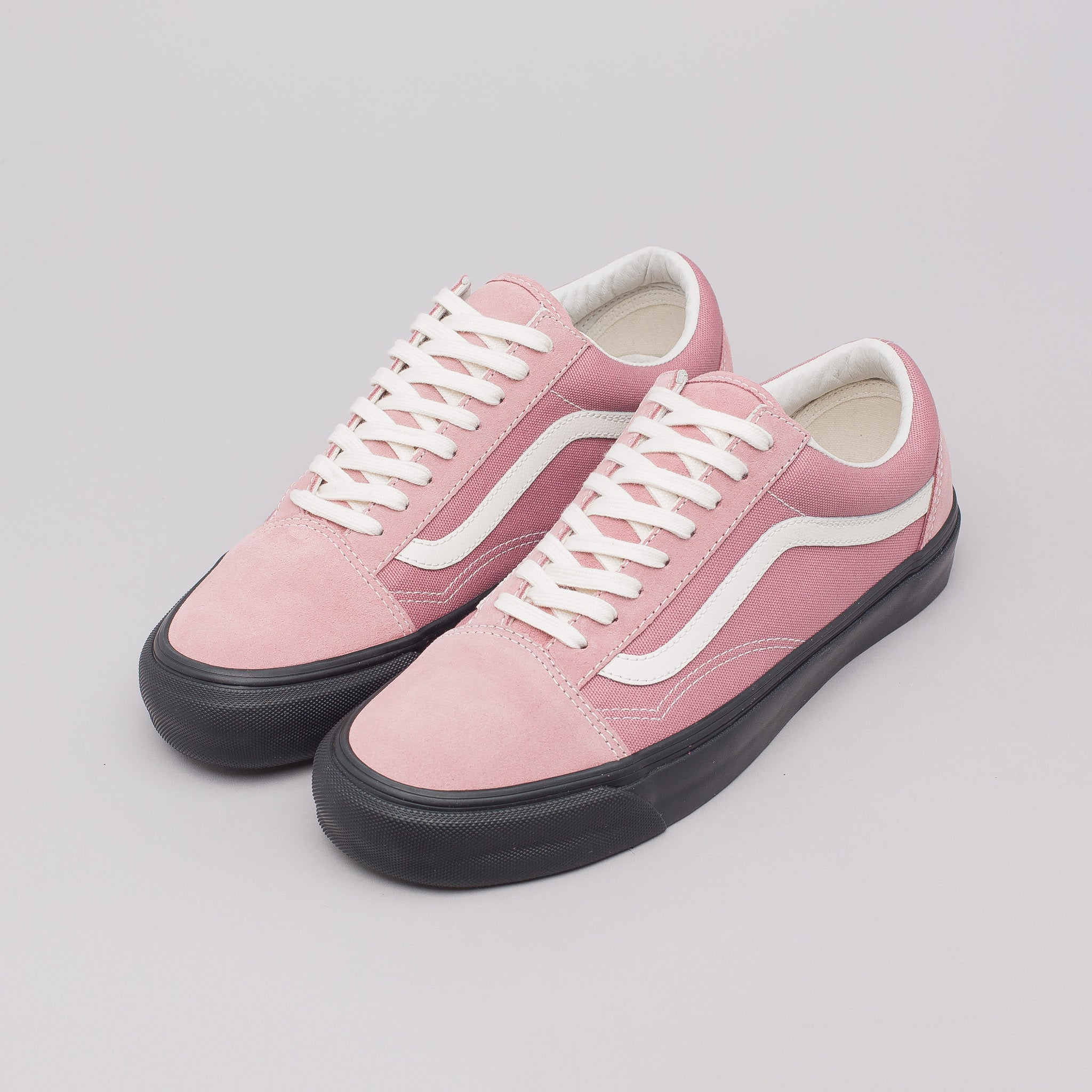 pink vans old skool roses