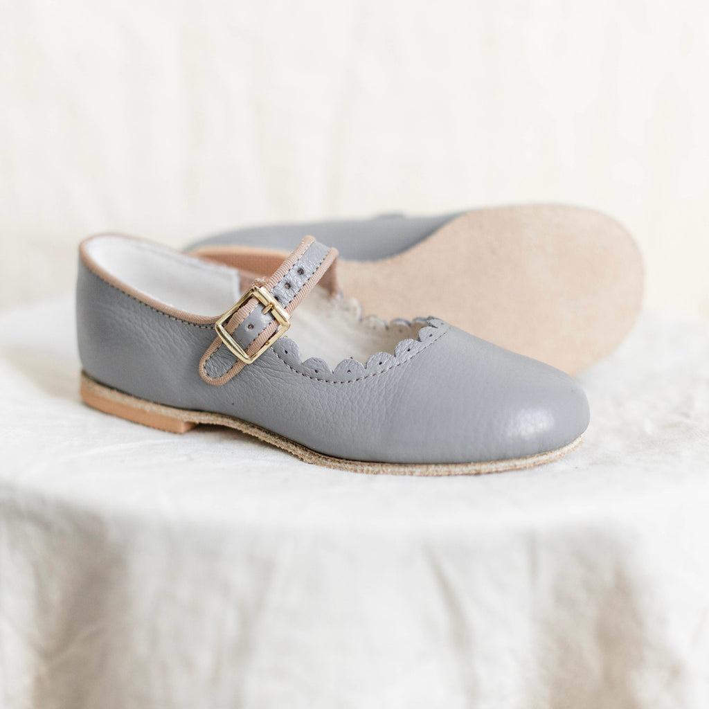 scalloped leather mary jane in color heron