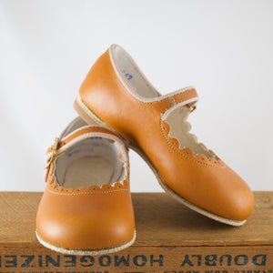 scallop warm brown mary janes, deep brown leather