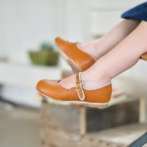 Scalloped Mary Jane in Warm Brown | Sizes 4-12