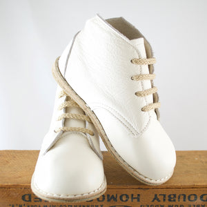 Milo Boot in Ivory | Sizes 4-12