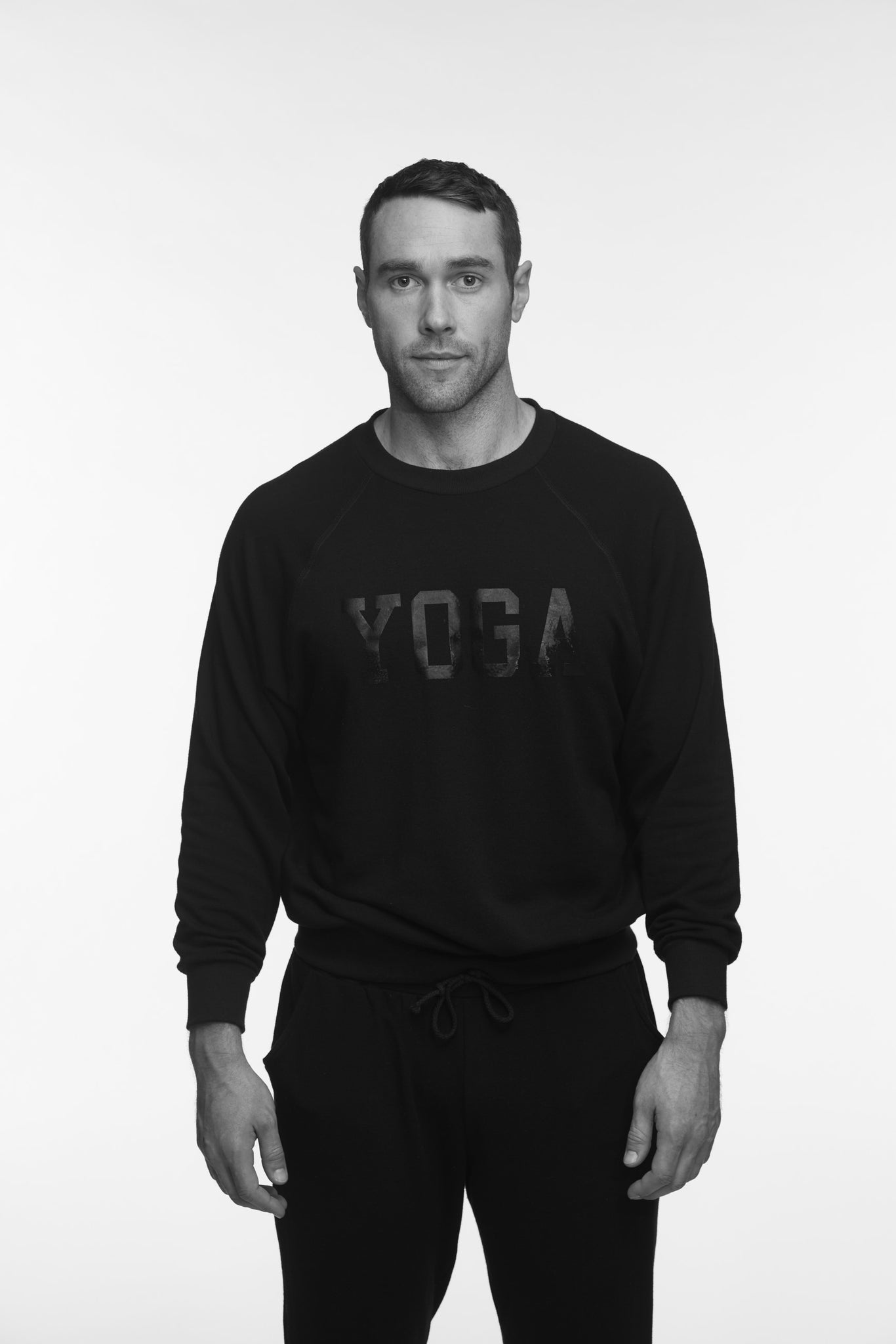 MEN'S YOGA SWEATSHIRT BLACK ON BLACK - Haven Collective