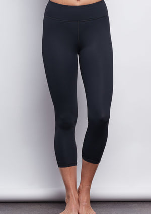 Black Sculpt Crop Legging - Haven Collective